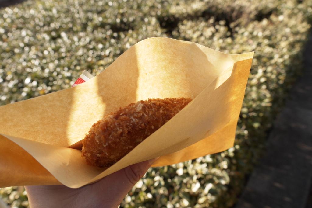 神宮外苑いちょう祭りのコロッケ
