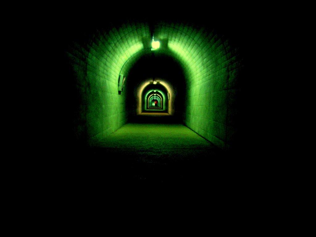 トンネル14