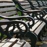 無人のベンチ