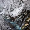 初冬白髭の滝