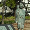 天満の子守唄 銅像