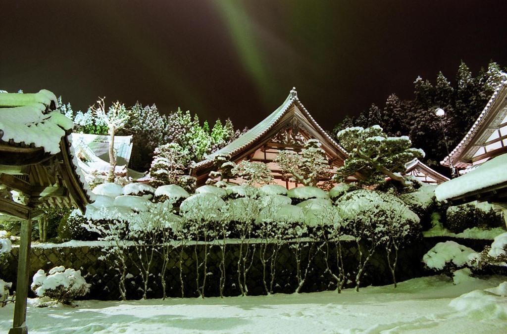 雪の大晦日・大庫裏