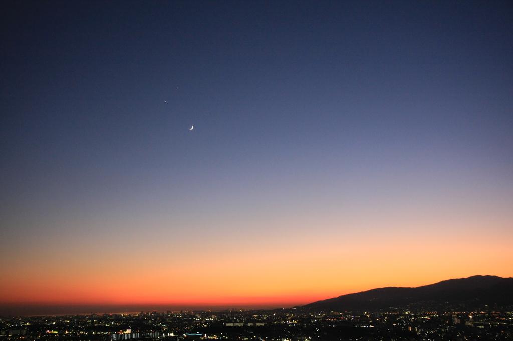 2008.12.01月・金星・木星接近1