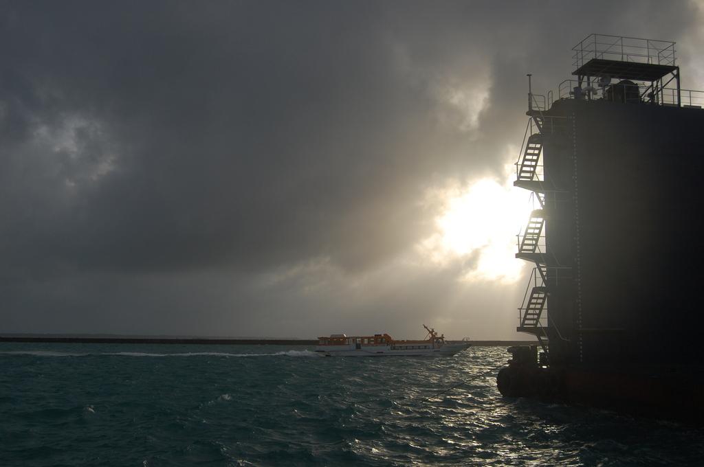 船とドック