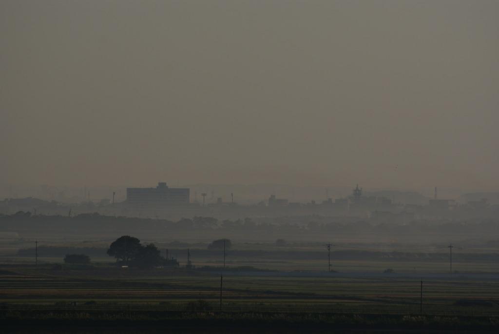 霧に包まれる街並み