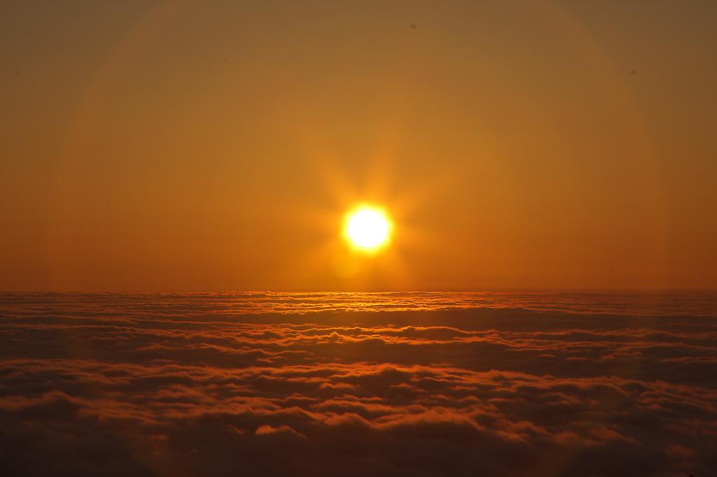 富士山5合目からの御来光その1!