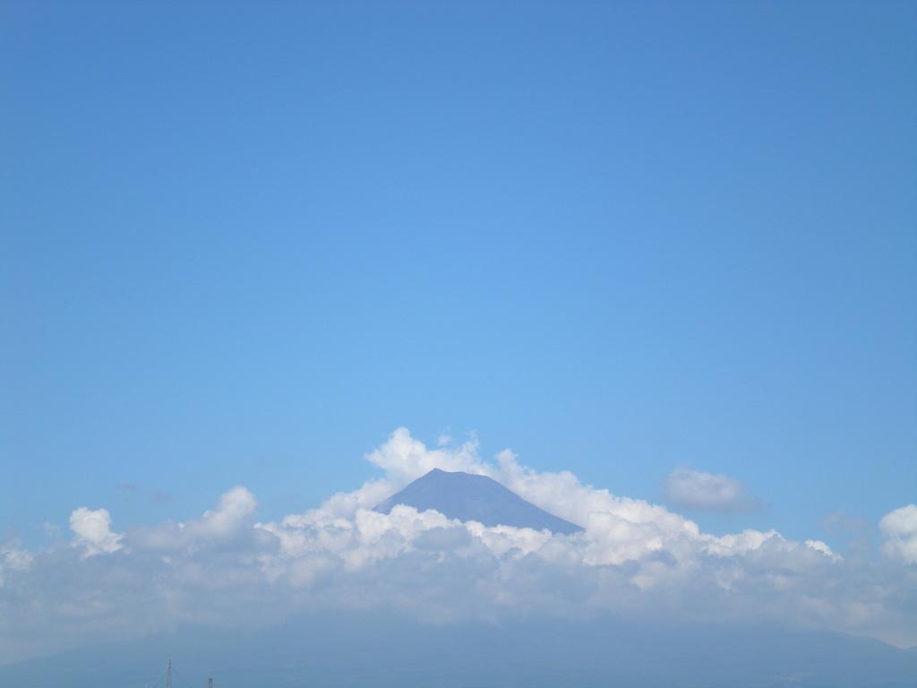 やっと見つけた富士山