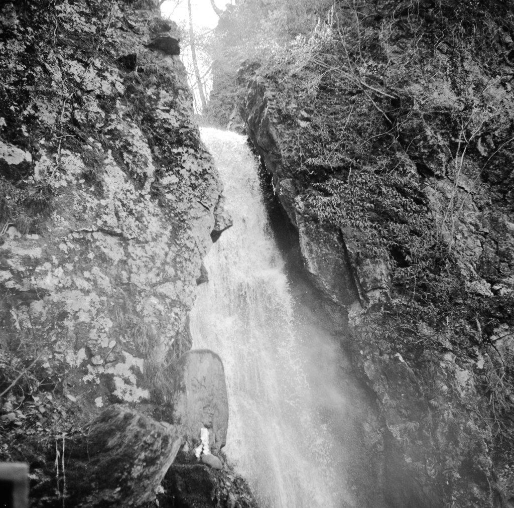 岩手不動の滝