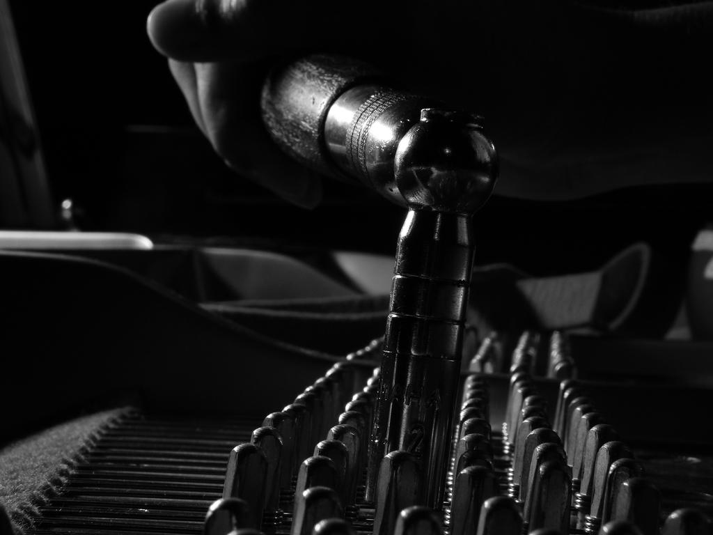 I'm piano technician