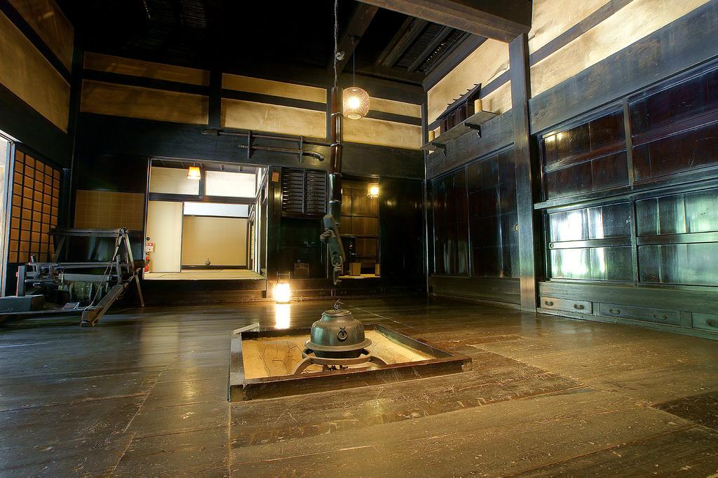 囲炉裏のある風景