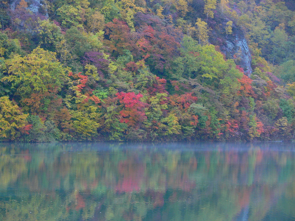トムラウシ湖