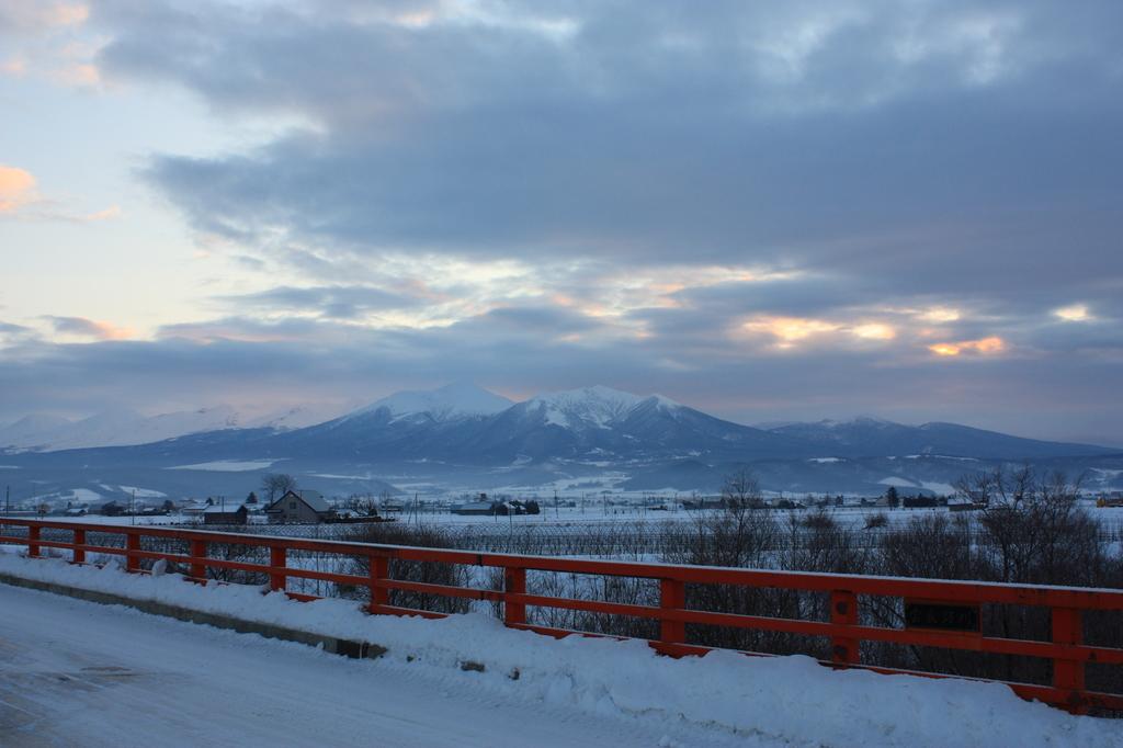夜明け前の富良野