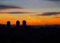 CANON Canon EOS 6Dで撮影した(イスタンブール目覚めの空 作者:昇る前の太陽と雲)の写真(画像)