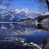 早春の野尻湖と妙高山