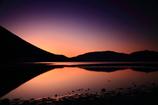 夜明け前の中禅寺湖