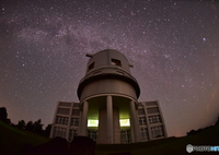 NIKON NIKON D750で撮影した(天文台にふりそそぐ星空①)の写真(画像)