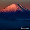 紅く 富士山