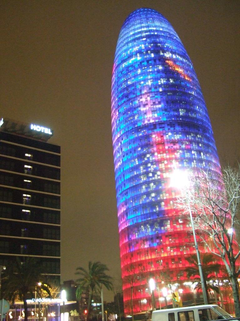 色の変わるタワー