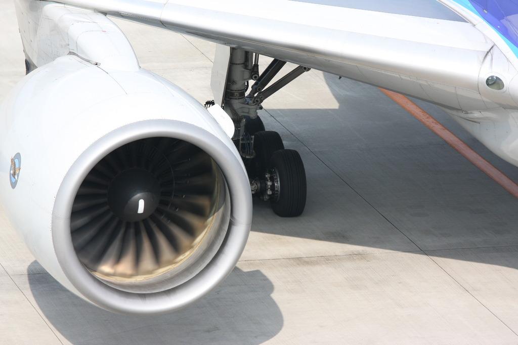 777ジェットエンジン