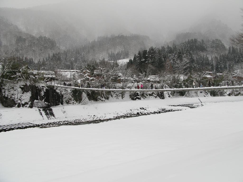白川郷の何とか橋