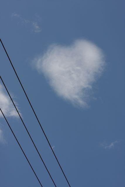 ハートな雲