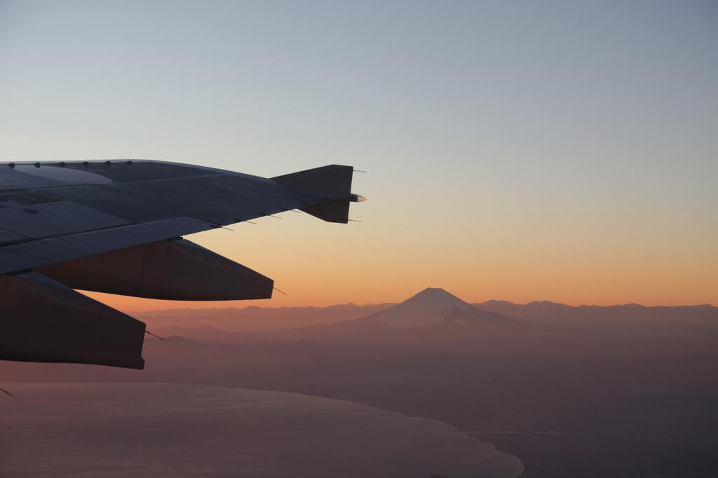 機内より、富士山