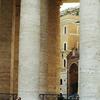 サン・ピエトロ広場の円柱