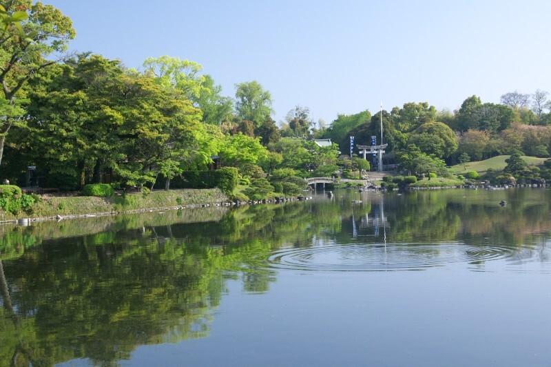 早朝の水前寺公園