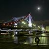 満月下の清洲橋