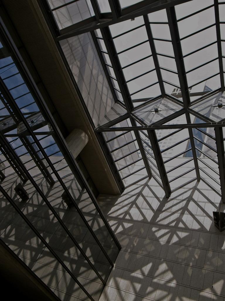 光と影の立体交差2