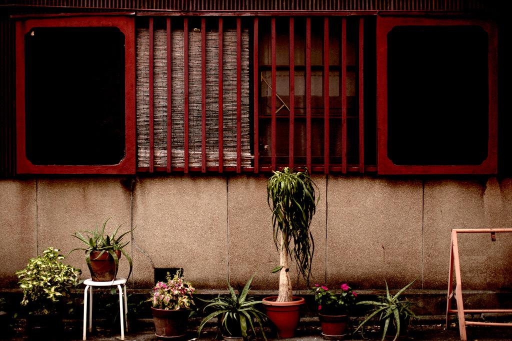 ある家の窓辺