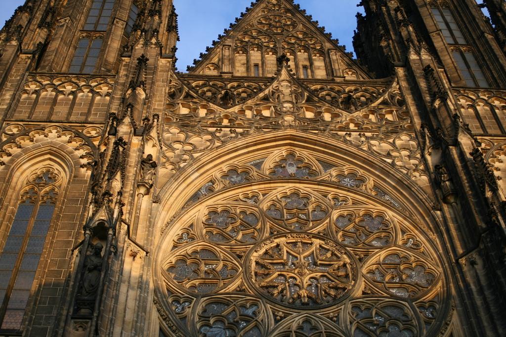 ヴィート大聖堂正面