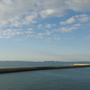 秋の空。・・・防波堤