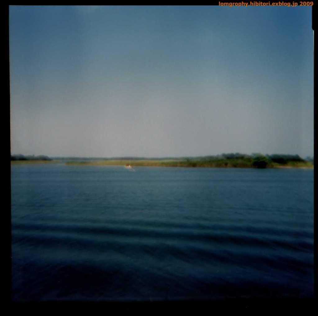 海と空の青