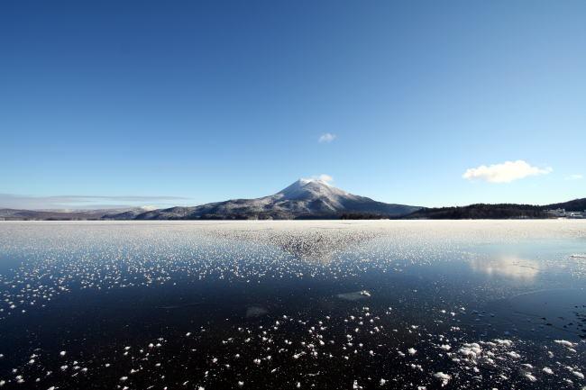結氷した阿寒湖