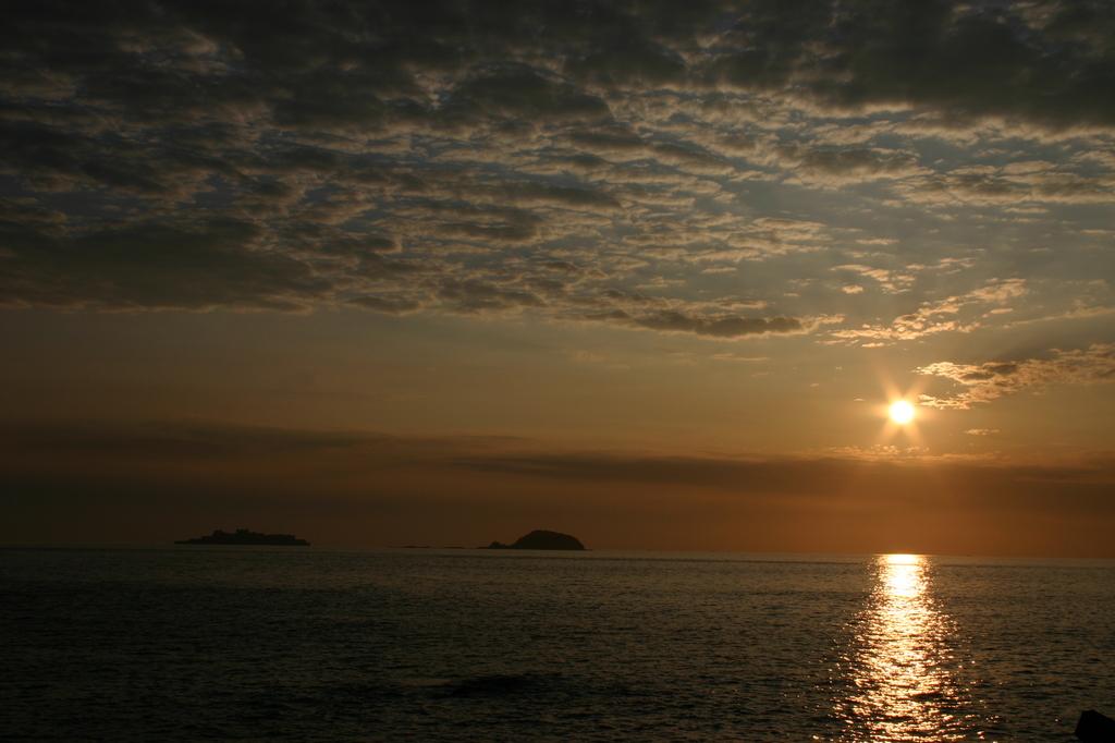軍艦島の夕日