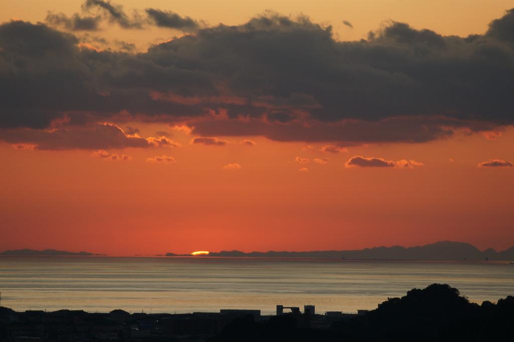落日 松山城から