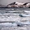 真冬の海鳴り演歌