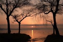静かな日の出