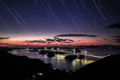 来島海峡大橋と星々の軌跡