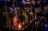 酒場の灯り