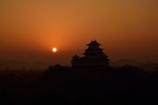 姫路城 朝日