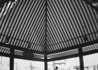 OLYMPUS E-300で撮影した(ストライプの傘)の写真(画像)