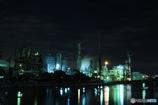 工場夜景の写り込み
