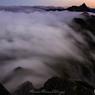 大切戸越える瀧雲