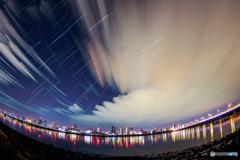 星と雲の狭間で