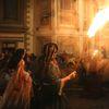 伝統を紡ぐ火