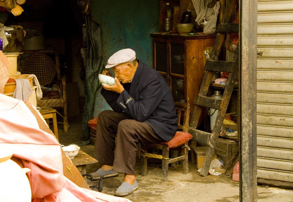 中国 雲南 おじさん