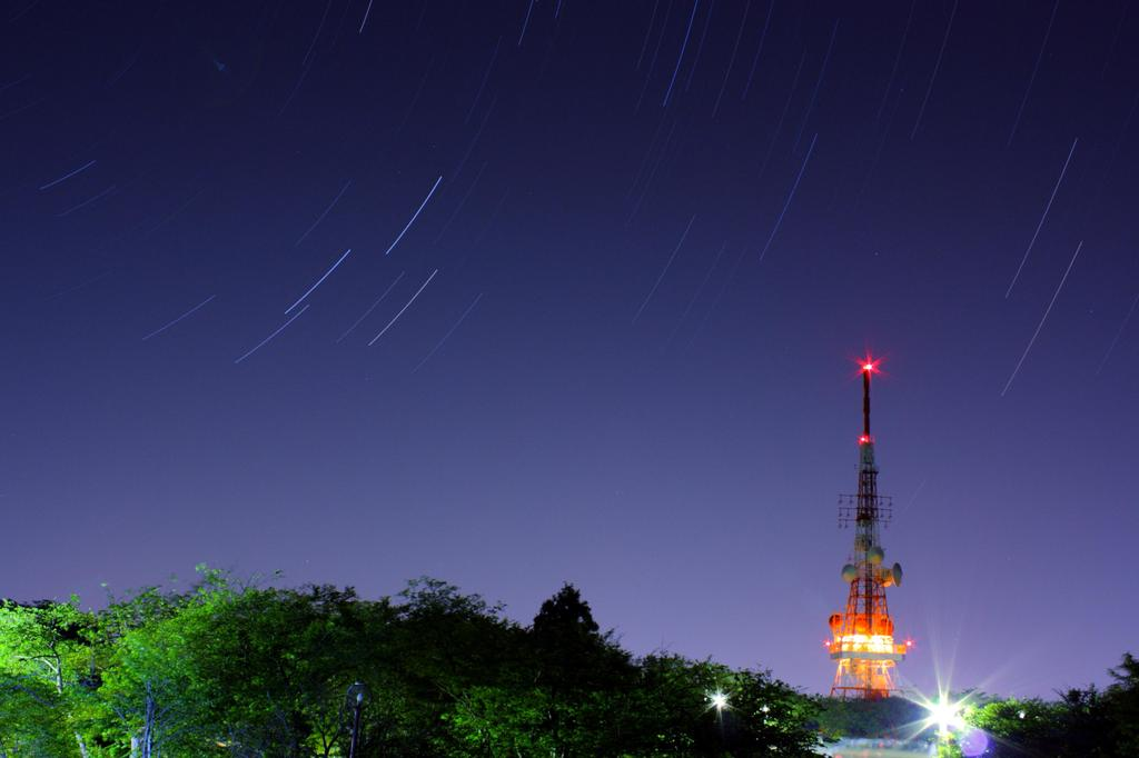 星とテレビ塔