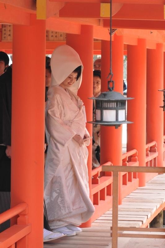 厳島神社神前式